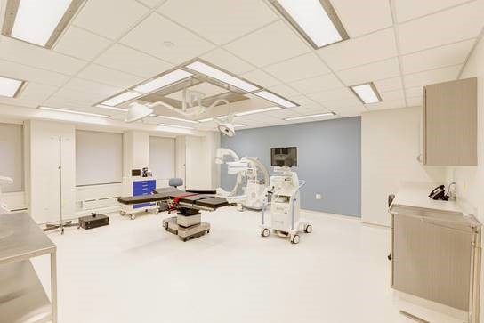 pain management doctors operating room in New York City