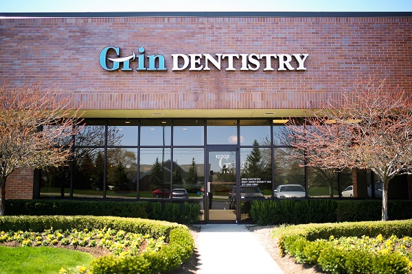 Office exterior of Grin Dentistry of Fishers Indiana