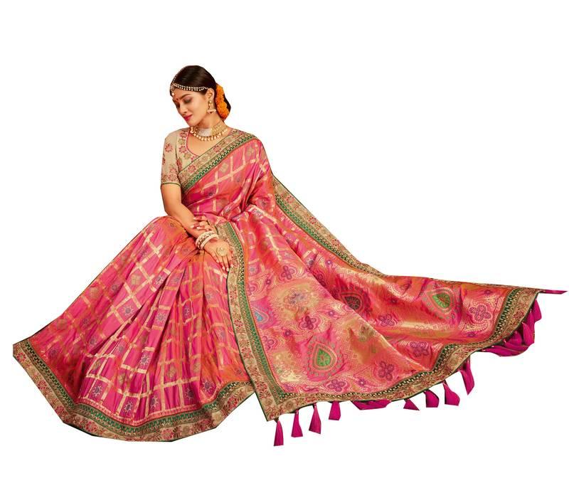 Mirraw India's Largest Ethnic Store