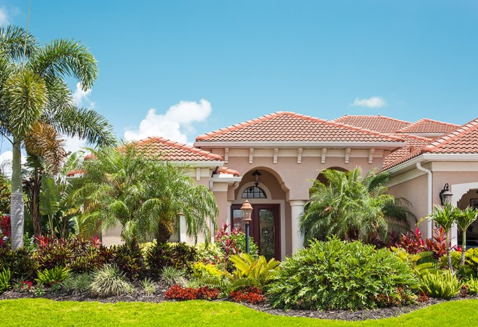 Landscaping contractors Handcrafts Florida
